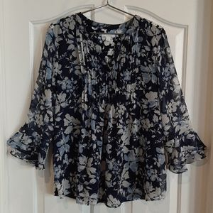 Blouse floral print with Flared, Layered Sleeves